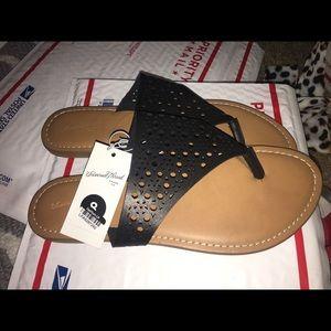 fd5712859a7 Shoes - Black Flat laser cut Thong Sandals Slides 8